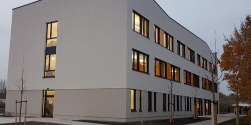 Pflegeschule AGP Im Herbstlicht